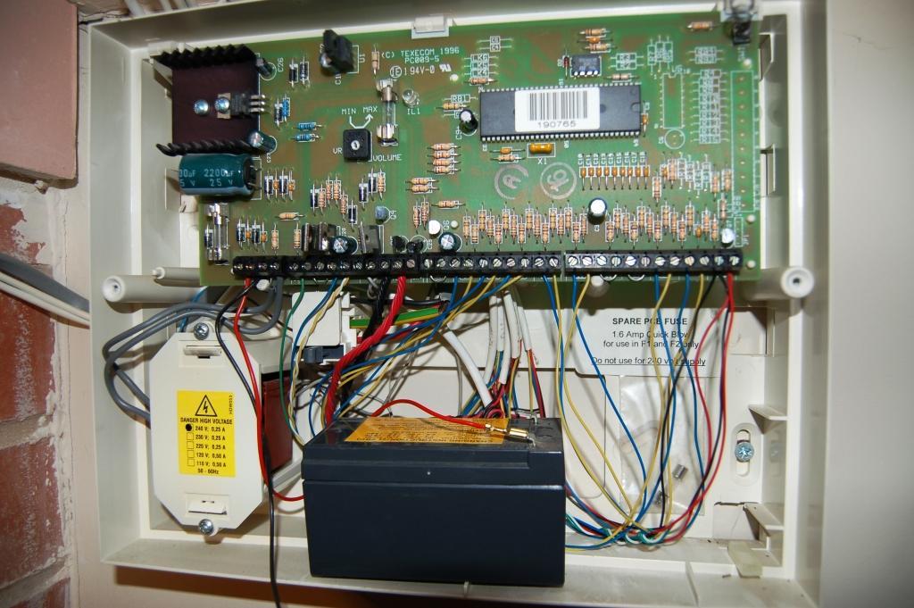 Veritas Alarm Wiring Diagram : Texecom veritas r alarm battery replacement